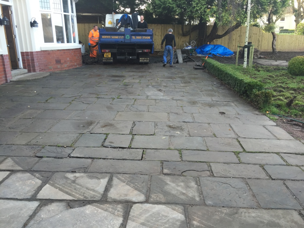Reclaiming blue Pennant flagstone paving